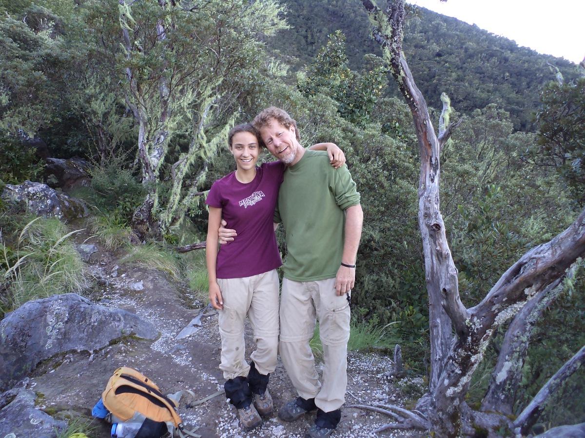 papa e hija en el Volcán Baru